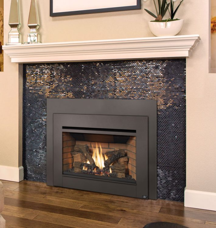 Deciding Between a Freestanding or Built-in Gas Fireplace